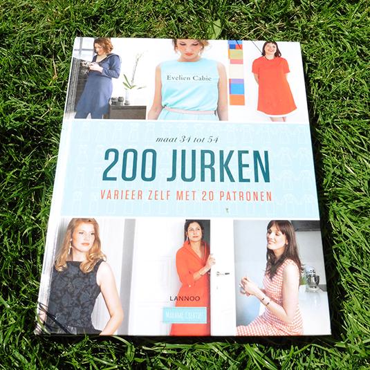 Boek 200 Jurken Marjondotorg